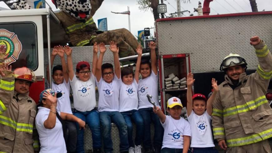 Día del niño en Samborondón junto a sus Bomberos Voluntarios